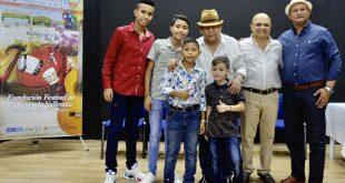 Ganadores del 31° Festival Tierra de Compositores de Patillal recibieron sus premios