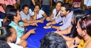 Alcalde Mello Castro realiza talleres para Plan de Desarrollo con la Comuna 5