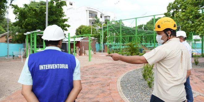 Gobernador Monsalvo inspeccionó remodelación de los parques Garupal y Novalito en Valledupar para definir ajustes finales