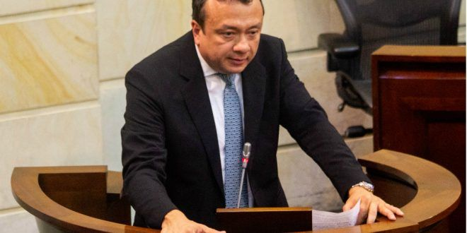 Corte abre proceso contra el senador Eduardo Pulgar