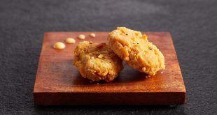 Autorizan por primera vez la venta del carne de pollo criada de modo artificial