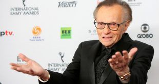 Fallece el famoso presentador Larry King a los 87 años