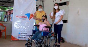La Administración del alcalde Mello Castro inició entrega de 350 sillas de ruedas para personas con discapacidad
