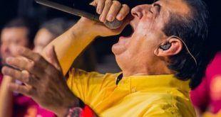 Miguel López, el viejo acordeonero que ora por 'El Jilguero'
