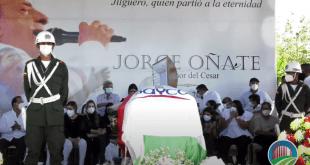 La Paz despidió con canto y dolor a 'El más fuerte', Jorge Oñate