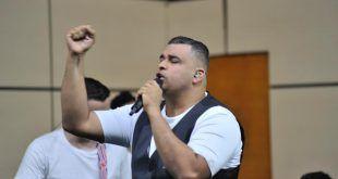 """""""Muchos me dijeron que estaba loco, pero hoy sigo a Dios y he ganado"""": Rolando Ochoa"""