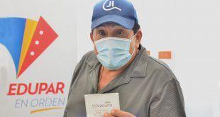 Poncho Zuleta recibió su segunda dosis de la vacuna contra el Covid-19