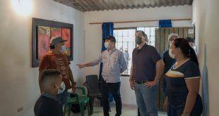 Más familias vallenatas gozan de viviendas dignas; en los 450 entregaron mejoramientos